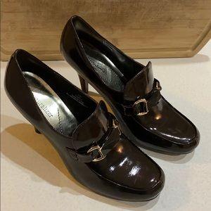 Nice Naturalizer heels
